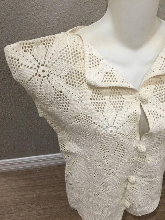 True Vintage Cotton Crochet Granny Square Vest Si… - image 2
