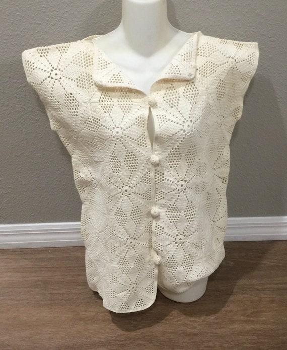 True Vintage Cotton Crochet Granny Square Vest Si… - image 1