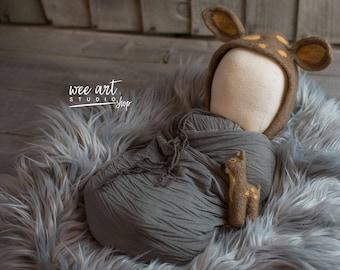 Needle Felted Deer Set - newborn bonnet and tiny bambi