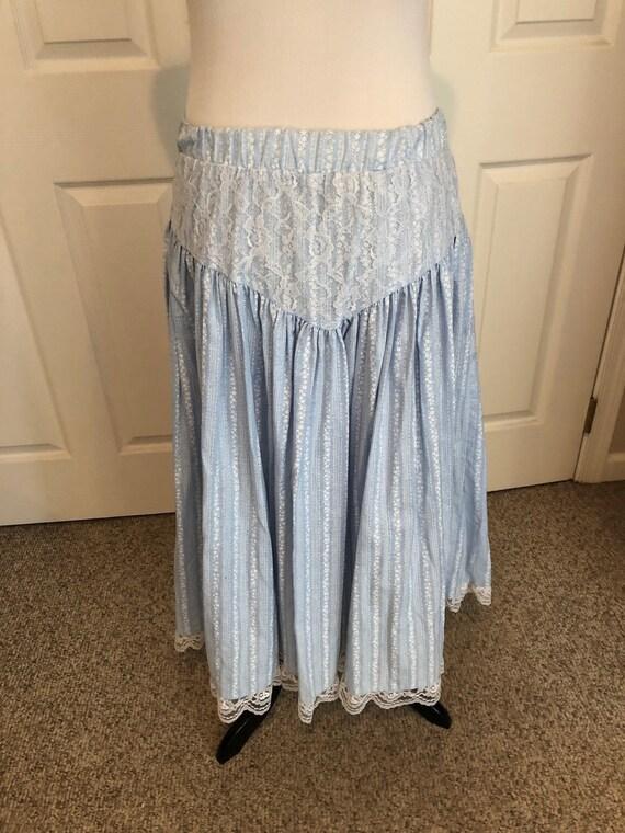 Vintage 70's baby Blue Floral Prairie Skirt/ Cali… - image 5