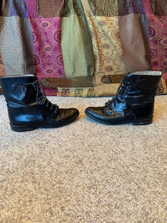Vintage Joan & David  black leather lace up Granny