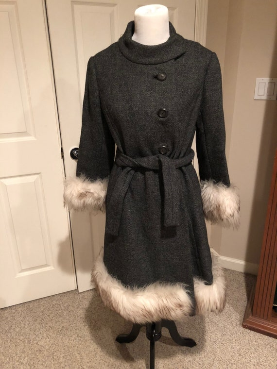 Vintage 1960's Mod Grey Tweed wool Fur trim Princ… - image 1
