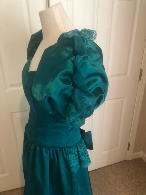 Vintage 80's Emerald green Loralie Big Puff sleev… - image 2