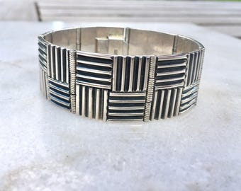 Gorgeous Vintage 80s Oxidized Sterling Silver Geometric Square Hinged Wide Unisex Bracelet