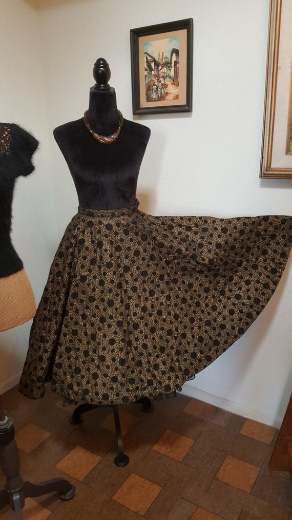Fab 1950s Quilted Black and Gold Full Circle  Vint