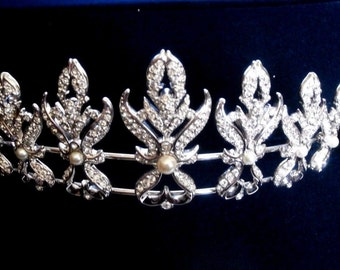 Swarovski Signed Wedding Tiara Rhodium with Crystals & Pearls  Swan Logo