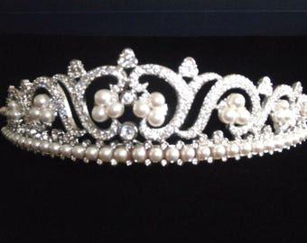 Swarovski Signed Princess Tiara Rhodium Plated set with Crystals & Pearls
