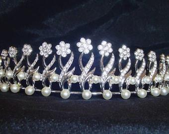Swarovski Signed Wedding Tiara Rhodium Plated with Crystals In Box