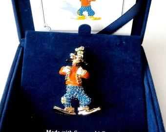 Swarovski Disney  Signed Pin Brooch Limited  Edition Goofy MIB COA