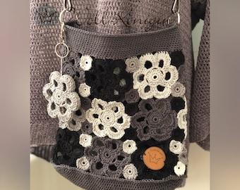 Flowers Crochet bag grey tones