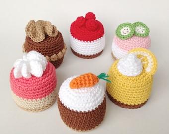 Crochet Cakes, Crochet Cupcakes, Knit Cakes, Knit Food, Amigurumi Cakes
