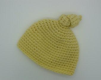 Knot crochet baby hat