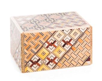 Mini Japanese Puzzle Box  - 2 sun 7 steps Koyosegi, mechanical puzzle box, secret puzzle box, wood puzzle box, brain teaser box, trick box