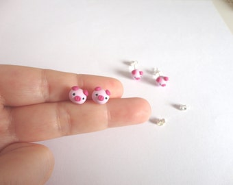 earrings stud tiny pig piggy piglet in polymer clay kawaii porcelet cerdito animal pink