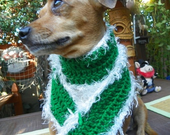 """Christmas Dog Scarf with a White Fur Trim Size Large 4""""x41"""""""