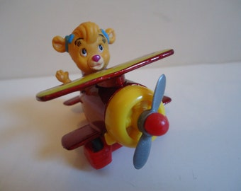 Disney Talespin Holly's Bi-Plane 1989 McDonalds Toy Happy Meal Mini Cartoon Airplane Die Cast Figure 1989 Retro Cake Topper Character