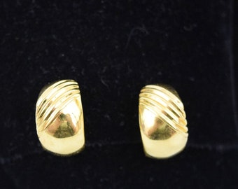 aec2489cf Vintage 1970s 1980s Signed Napier chunky small hoop screw back clip on  earrings