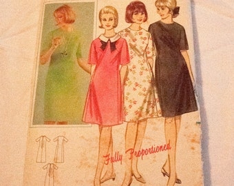 9748519f992 Vintage 1960s dress pattern proportioned sheath dres Butterick 3435