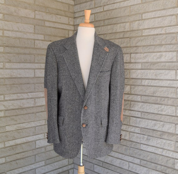 Vintage 1960s gray tweed 2 button sport coat jacket by FourForty