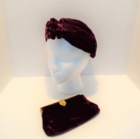 Vintage 1920s 1930s garnet maroon silk velvet turb