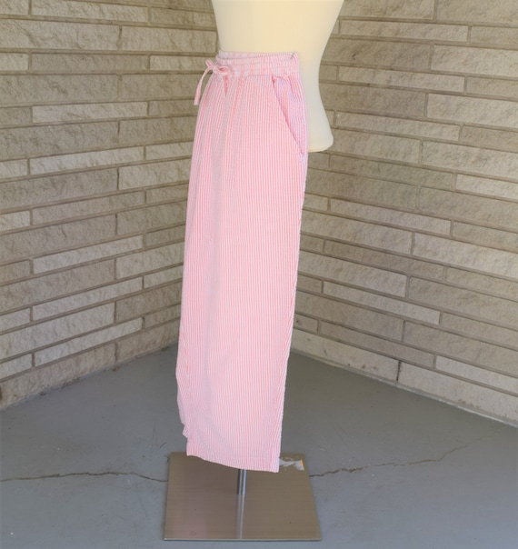 Vintage 1960s 1970s pink and white candy stripe se