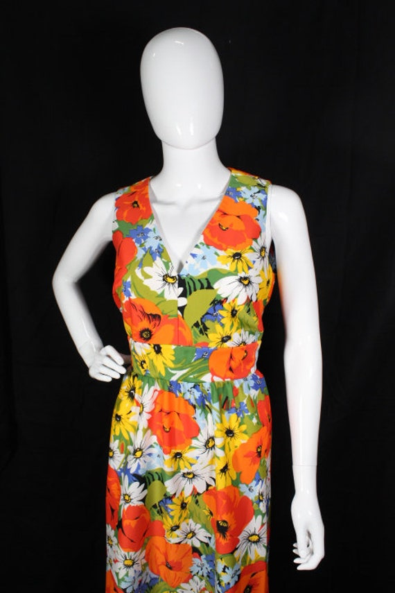 Vintage 1970s Bright Floral Polyester Maxi Dress … - image 2