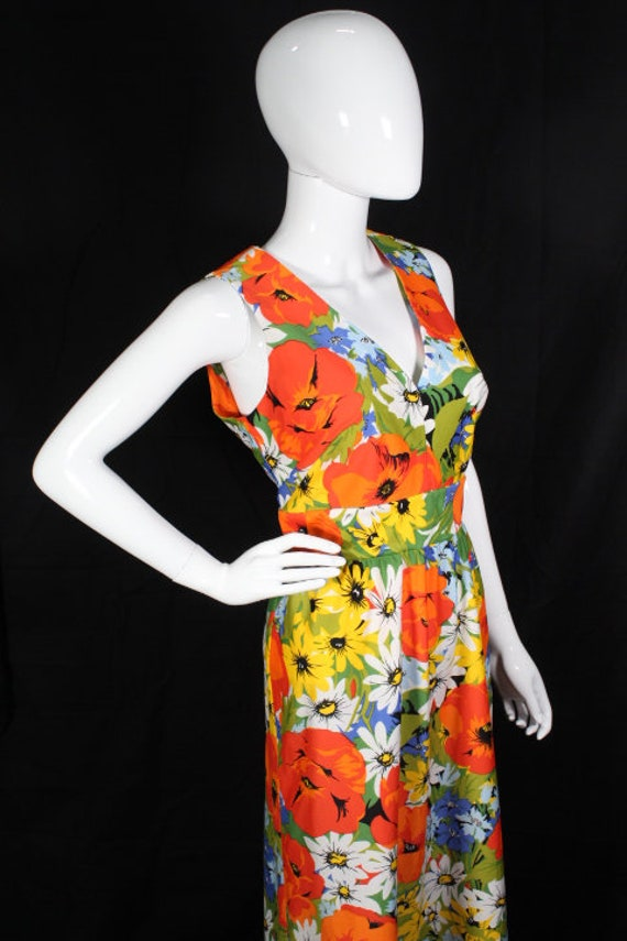 Vintage 1970s Bright Floral Polyester Maxi Dress … - image 5