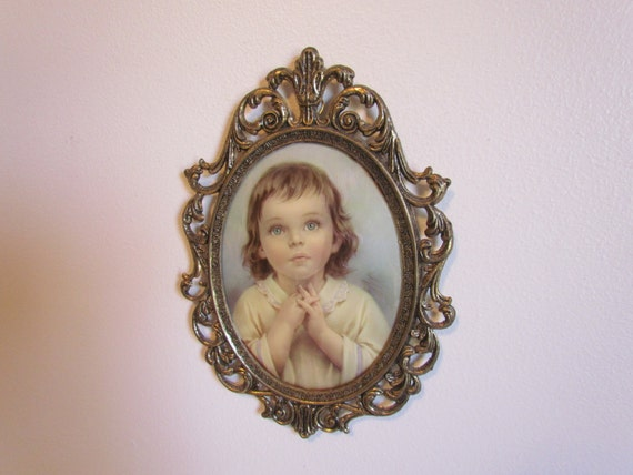 Vintage Ornate Oval Gold Frame Convex Bubble Glass Praying Etsy
