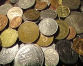 2 lbs. (2 pounds) of Bulk Foreign Coins (Great for collecting, school projects, or crafting.) FREE SHIPPING
