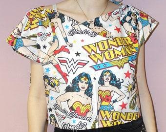 76f6e0e705 Pretty Disturbia  Wonder Woman  Cartoon Boxy Crop Top Alternative Retro  Comic DC Marvel Red White Yellow   Blue