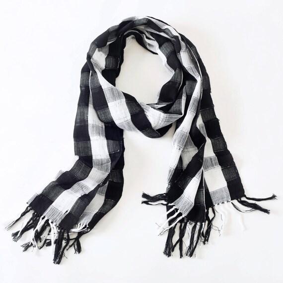 50% de descuento Telares de cuadros blanco y negro bufanda | Etsy