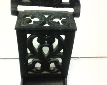 cast iron match hol