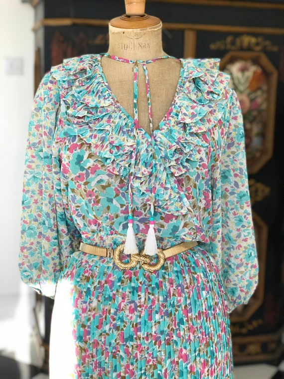 1970s 1980s Vintage ruffle floral Diane Freis  sum