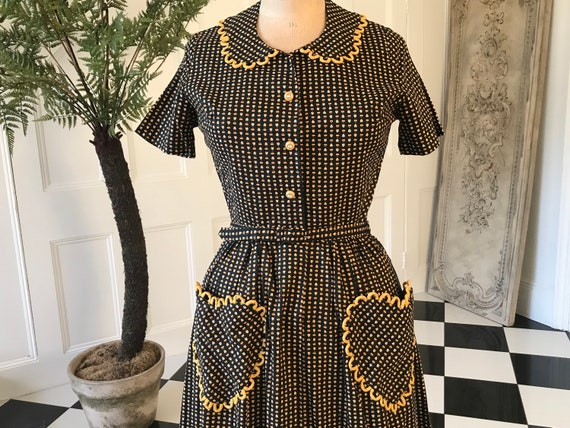 1940s 1950s Pretty romantic summer cotton dress wi