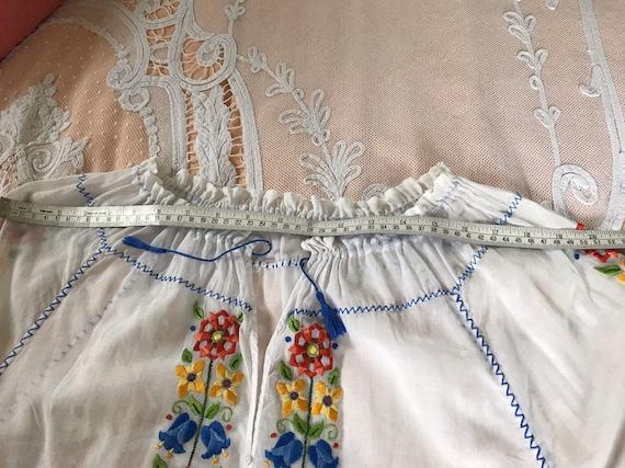 Vintage 30s batwing lace blouse
