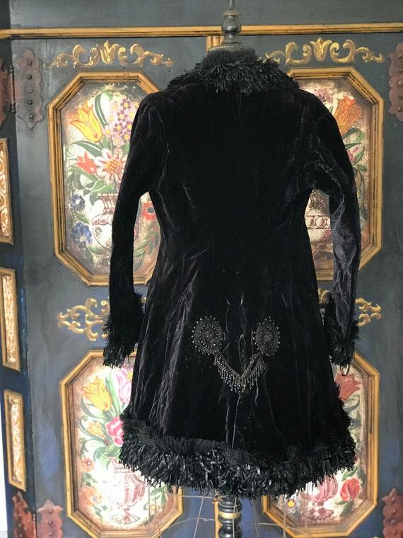 Antique Victorian velvet jacket 1880s