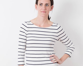 Lark Tee Paper Pattern by Grainline Studio