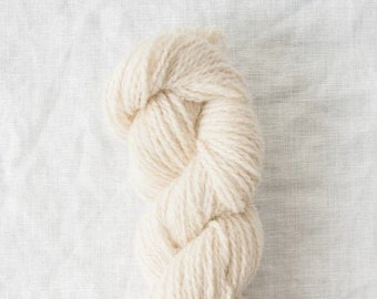 Owl in Snowy (undyed) by Quince & Co