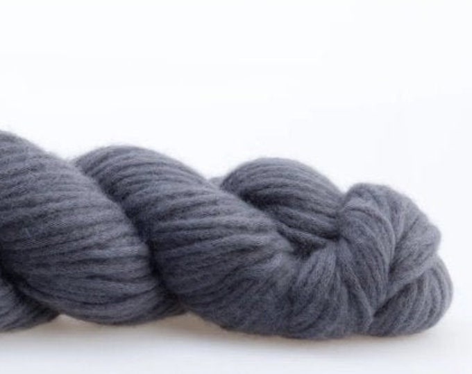 Luft - L12 Blue Gray by Woolfolk
