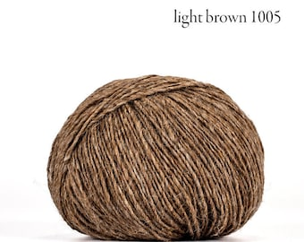 Deluxe Tradition - 100% Faroese Wool in LIGHT BROWN - by Navia