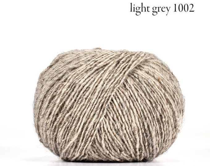 Deluxe Tradition - 100% Faroese Wool in LIGHT GREY - by Navia