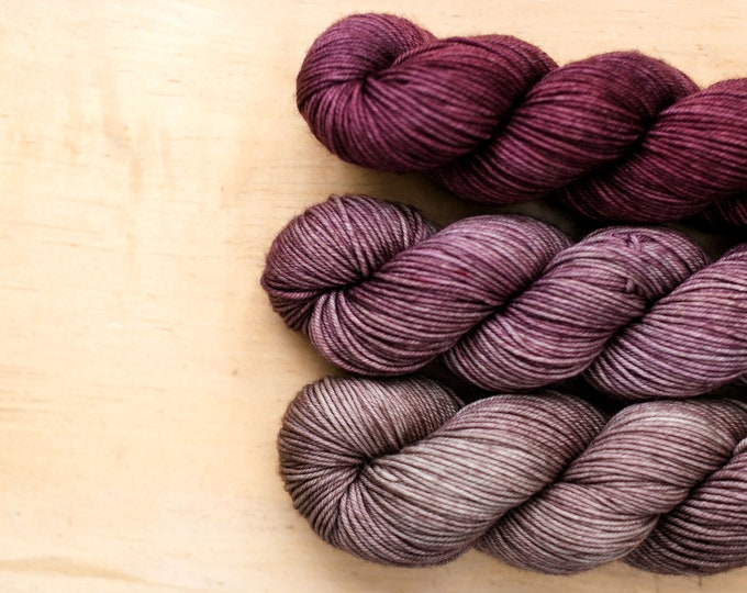 Fade Kit:  29 Bridges Go To Sock yarn - Purple