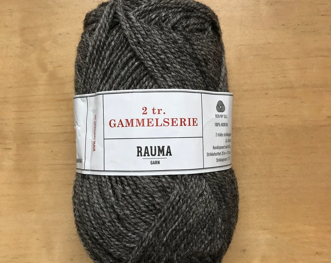 2 Ply Gammelserie in Medium Gray by Rauma