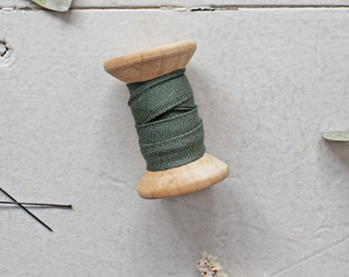 Bias Tape - Crepe in Cedar Green by Atelier Brunette