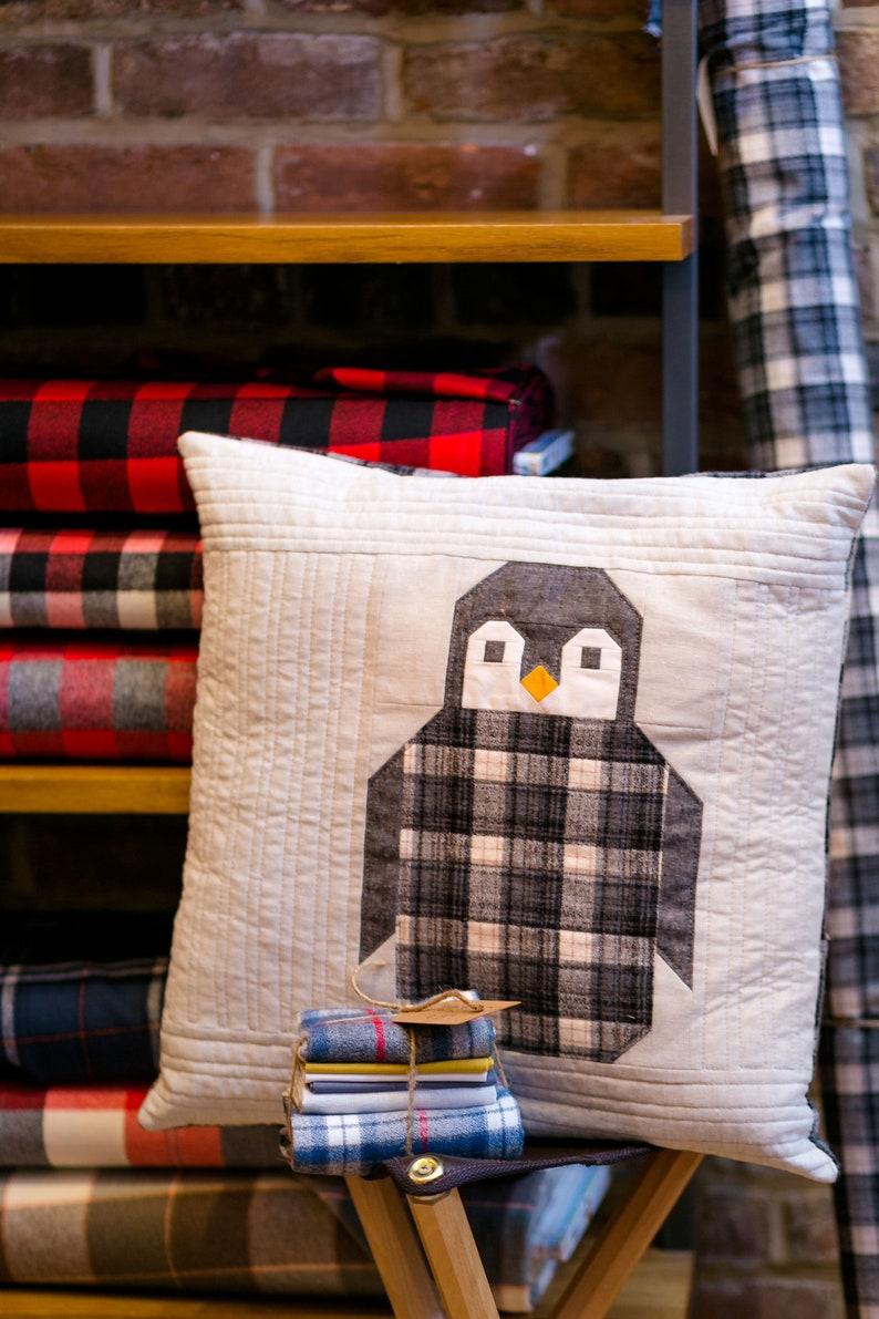 Penguin Party by Elizabeth Hartman Pillow /& Quilt Pattern ~ Pieced Penguins