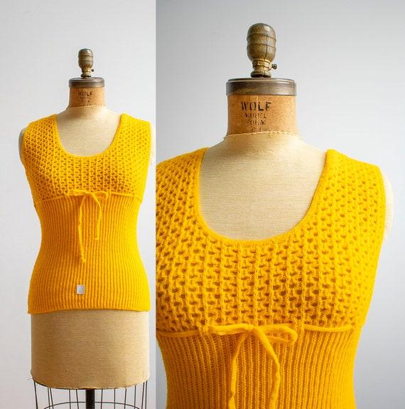 1970s Crochet Blouse / Mustard Yellow Sweater / V… - image 1