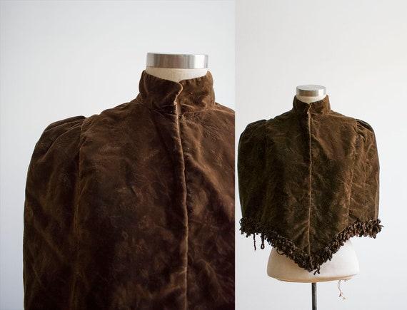 Victorian Cape / Antique Capelet / Brown Velvet Ca