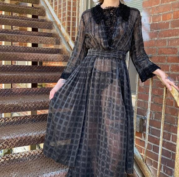 Black Edwardian Gown - image 6