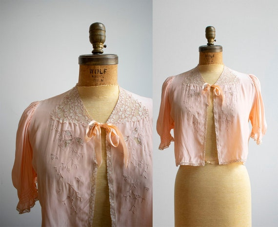 Vintage 1940s Bed Jacket / Pink Silk Bed Jacket /