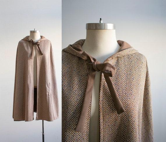 Vintage 1950s Hooded Cape / Vintage Fall Cape / Lo